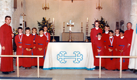 The choir in 1988, after the rebuilding